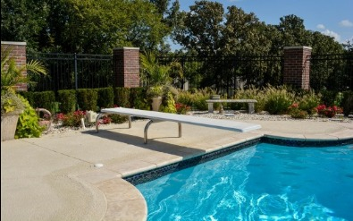 Diving board for gunite swimming pool